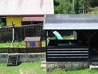 Dětské hřiště s pergolou
