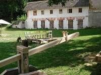 Zahrada - chalupa ubytování Mošnice