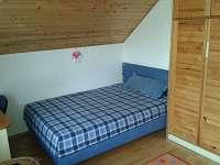 ložnice v 1.patře - Doksy