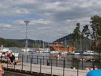 přístaviště jachet Staré Splavy