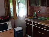 kuchyň - chata k pronájmu Staré Splavy