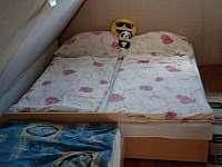 ložnice 1 - chata ubytování Staré Splavy