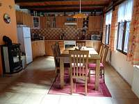 kuchyň - chalupa k pronajmutí Heřmánky u Dubé
