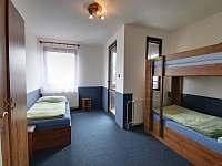 ložnice - chalupa k pronajmutí Horní Branná