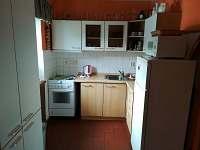 Kuchyň - pronájem chaty Prkenný Důl
