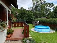 Venkovní bazén - chata k pronajmutí Prkenný Důl
