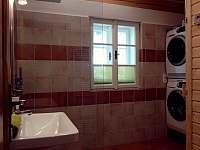 Koupelna + sauna přízemí - chalupa k pronajmutí Rokytnice nad Jizerou - Rokytno