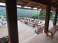 Chalupa Na hráni, terasa s grilem a houpačkou - k pronájmu Velká Úpa