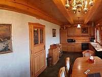 Roubenka čp 145 - dubová kuchyně je plně vybavená včetně myčky nádobí - Jílové u Držkova