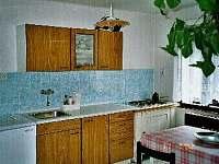 kuchyně - chalupa k pronájmu Žacléř - Prkenný Důl
