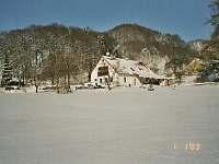 pohled z jihovýchodu - chalupa ubytování Žacléř - Prkenný Důl