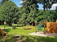 Park pro děti - vila k pronájmu Svoboda nad Úpou