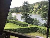 Výhled na rybník - chata ubytování Oblanov