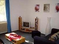 Obyvaci pokoj spodni apartement