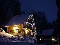 Chata69 v zimě. - k pronájmu Benecko