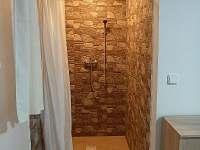 apartmán - sprcha - chalupa k pronájmu Černý Důl