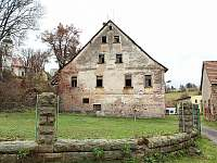 budova bývalého pivovaru - zámek - pronájem chalupy Rudník