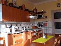 Kuchyň s posezením - Benecko