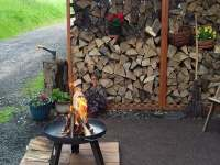 Venkovní ohniště - apartmán k pronajmutí Rudník u Vrchlabí