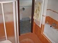 koupelna - chalupa k pronajmutí Háje nad Jizerou - Loukov