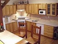 kuchyň - chalupa k pronajmutí Háje nad Jizerou - Loukov