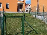 Zahrada - pronájem apartmánu Svoboda nad Úpou