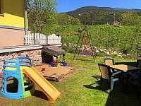 Dětské hřiště - pronájem chalupy Černý Důl