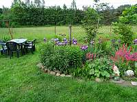 posezení v zahradě - Trutnov