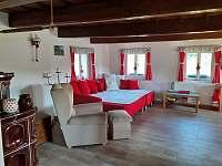 Relax chalouka_obývací prostor s jídelnou - pronájem Černý Důl - Čistá v Krkonoších