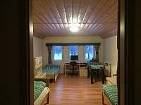 Relax chaloupka - pokoj v patře č.1 - k pronájmu Černý Důl - Čistá v Krkonoších