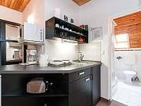 kuchyňský kout menšího apartmánu - Harrachov