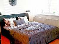 Apartmán U Sklárny - manželská postel 160cm - k pronájmu Harrachov