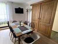Apartmán 2 - Obývací pokoj s jídelnou a kuchyní - Rokytnice nad Jizerou