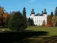 zámek ve Vrchlabí ca9km od domu