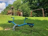 Dětské hřiště - chalupa k pronajmutí Čistá v Krkonoších