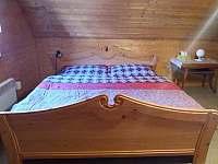 Ložnice s manželskou postelí - Rokytno
