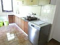 Kuchyň_2 - pronájem chalupy Žacléř