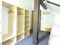 Pokoj 3 (4-lůžkový)_2 - chalupa k pronajmutí Žacléř
