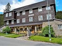Pec pod Sněžkou ubytování 31 lidí  ubytování