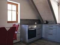 #2 Apartmán pro 4 - plně vybavený kuchyňský kout - pronájem chaty Vítkovice v Krkonoších