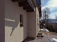 Hlavní vchod do chaty - ubytování Vítkovice v Krkonoších