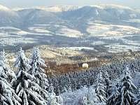 Vraní hory z běžecké stopy Sněžné Domky - Rýchorský Kříž - Pomezní Boudy - pronájem chaty Prkenný Důl