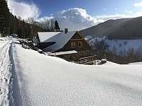 chalupa v zimě - ubytování Velká Úpa