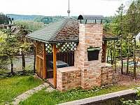 Altán s krbem a sezením - chata ubytování Oblanov - Dolce