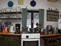 Kuchyně - chalupa k pronájmu Vítkovice v Krkonoších