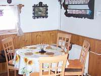 kuchyň - chalupa k pronájmu Poniklá