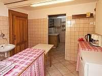 Plně vybavená kuchyň s prostorem na přípravu a mytí nádobí - Pec pod Sněžkou - Velká Úpa