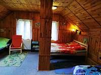 čtyř lůžková ložnice - chalupa k pronájmu Rokytnice nad Jizerou