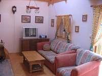 Obývací místnost - rozkládací sedačka, 2 lůžka