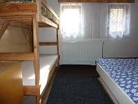 ložnice v podkroví - chalupa k pronajmutí Benecko - Dolní Štěpanice